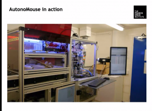Image 3 AutonoMouse in action (Schaefer)